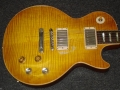 2010_Gibson_Gary_Moore_Aged_Edition_Les_Paul_#023_(1959_Reissue)